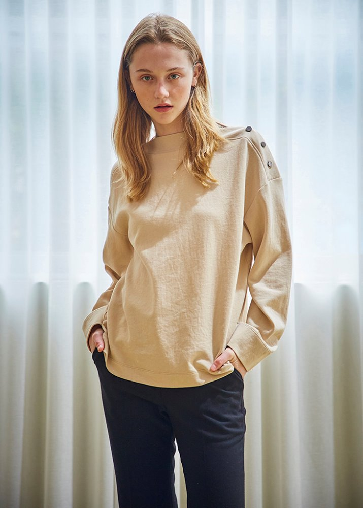 SHOULDER BUTTON TOP_BEIGE
